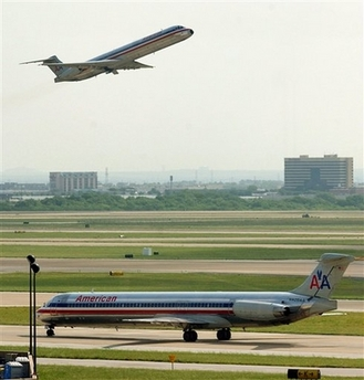 american airlines MD80