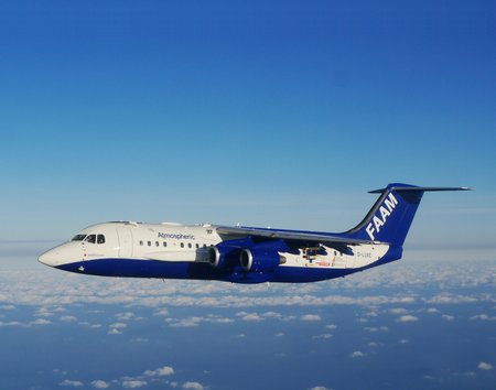 025 The BAe 146 Atmospheric Research Aircraft is heading off to study the Arctic's climate